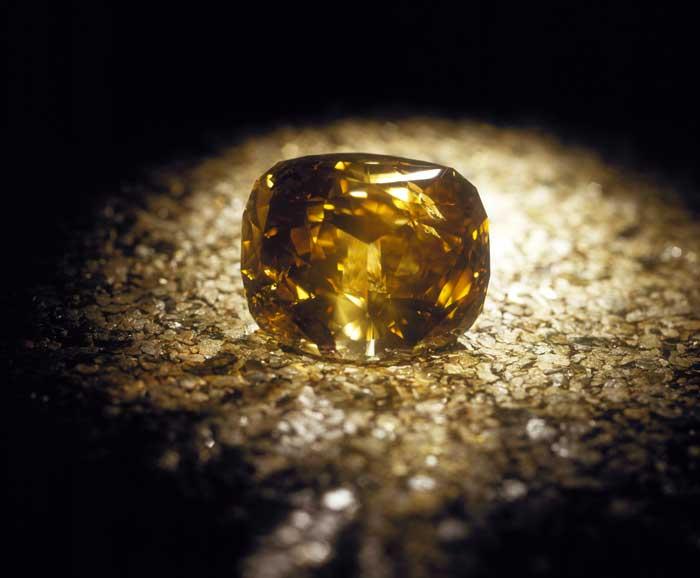 самый большой бриллиант в мире Золотой юбилей   Golden Jubilee. фото 57785b142f3