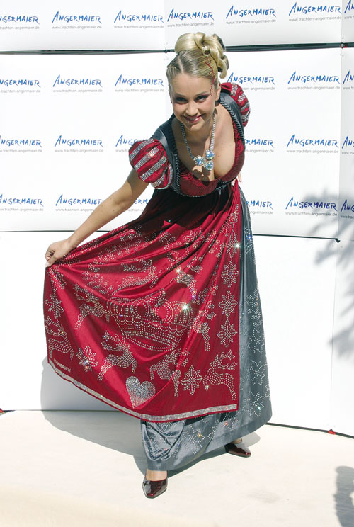 ����� ������� ������: Swarovski Dirndl Dress. ������ Regina Deutinger. ����