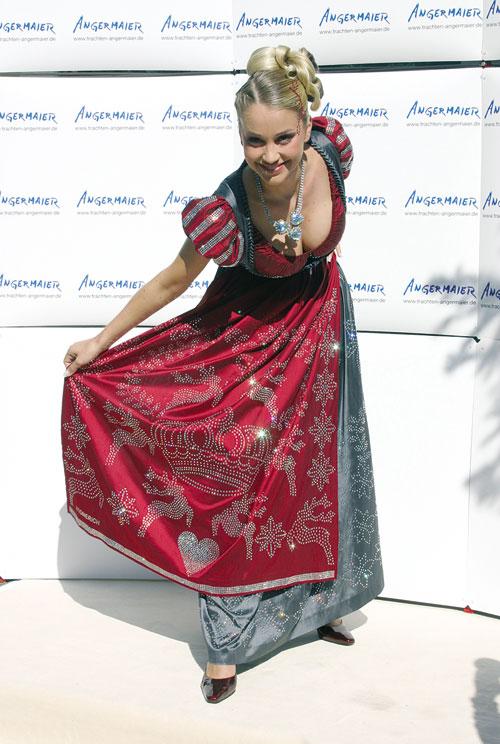 ����� ������� ������: Swarovski Dirndl Dress. ������ Regina Deutinger. ����