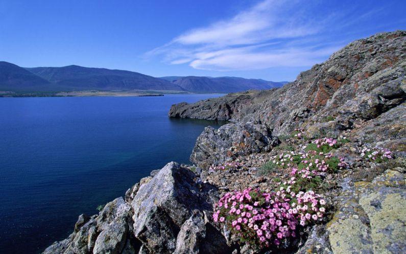 Байкал - самое глубокое озеро России, Азии и мира. фото