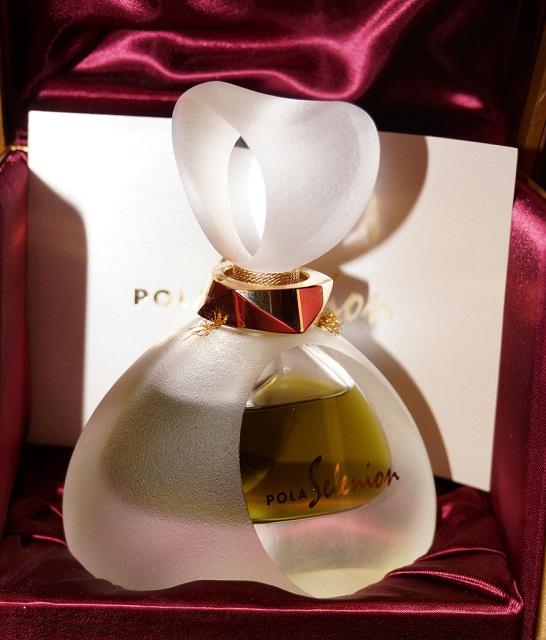 аромат Selenion от Pola