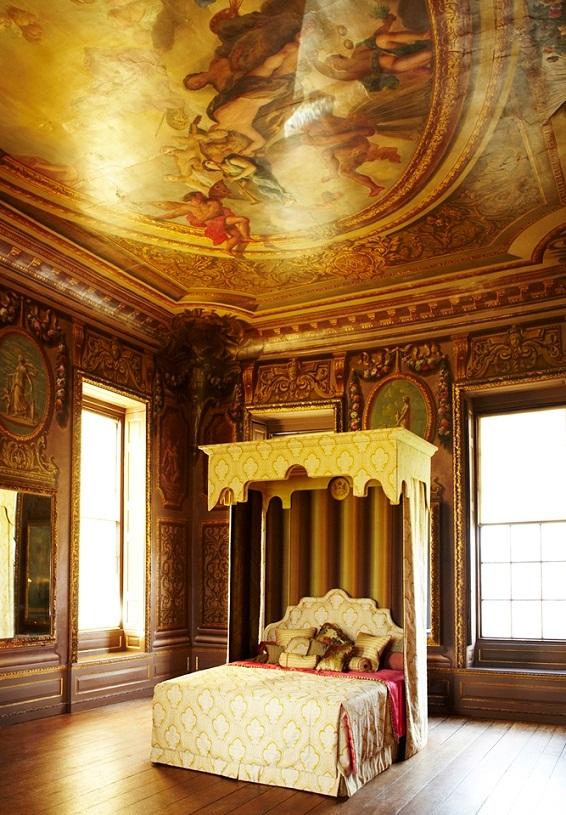 самые дорогие кровати в мире: Savoir Royal Beds. фото
