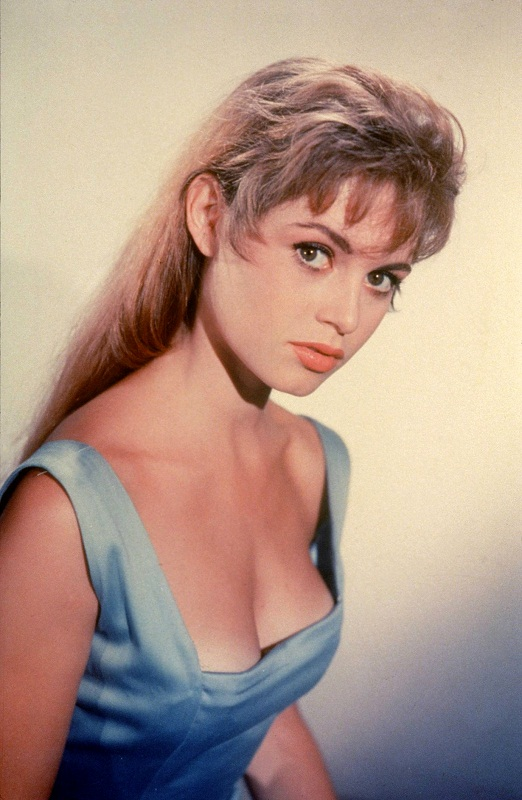 young Brigitte Bardot photo / Брижит Бардо фото