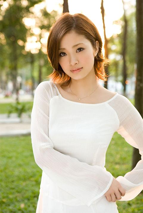 модели фото японки