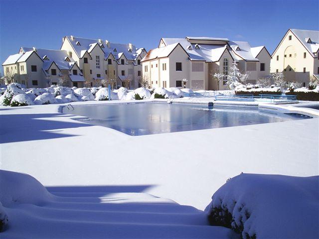 Самое холодное место Африки - город Ифран / Ifrane (Марокко). Фото