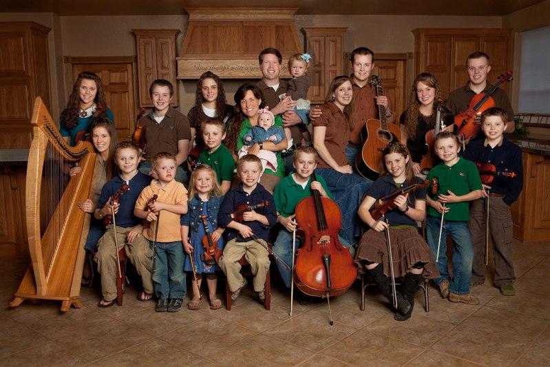 Семья Даггар (Дуггар), самая многодетная семья. Фото / Jim Bob and Michelle Duggar. Photo