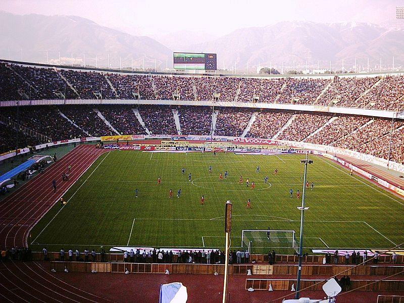 самые большие футбольные стадионы в мире: Азади. Фото / Azadi Stadium. Photo