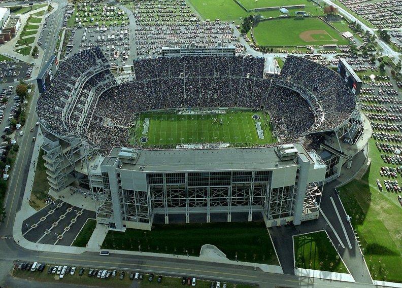 самые большие стадионы Америки: Бивер Стэдиум. Фото / Beaver Stadium. Photo