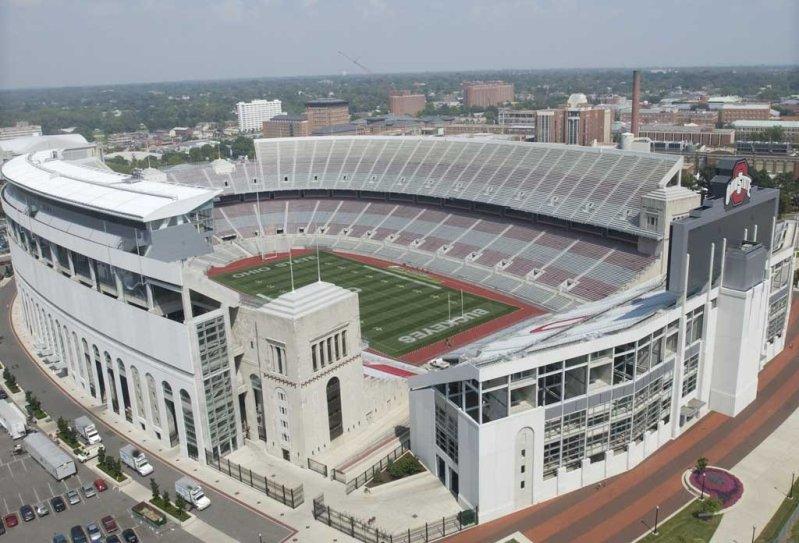 самые большие стадионы США: Огайо Стэдиум. Фото / Ohio Stadium. Photo